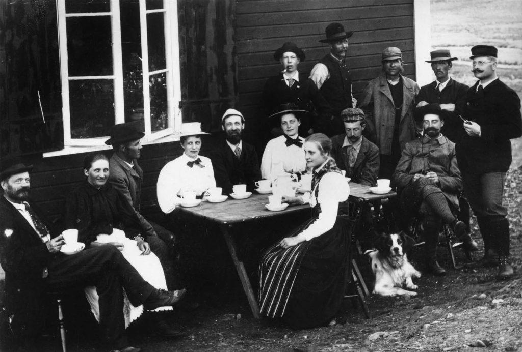 Kafferep utanför Sylstugan 1898